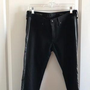 "DL1961 ""Emma"" Cropped black skinny jean"